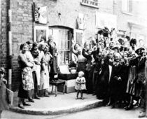 Jubilee Decoration in the East End von English Photographer
