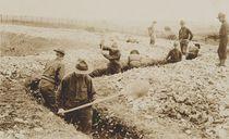 U.S. Marines in France Digging in von American Photographer