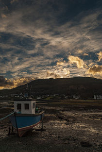 'Boat in foreground with yellow clouds across Loch Portree, February 2017' von Bruce Parker