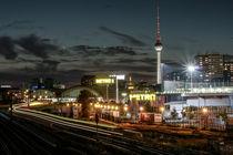 Warschauer Brücke bei Nacht von Karsten Houben