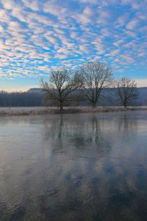 Flusslandschaft mit Wolken by Bernhard Kaiser