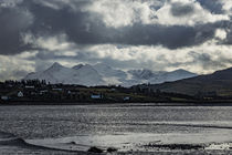 View of Cuillin Hills from Bayfield at Loch Portree, Isle of Skye, Scotland von Bruce Parker