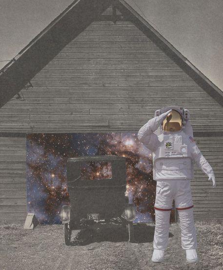 1-astro-garage