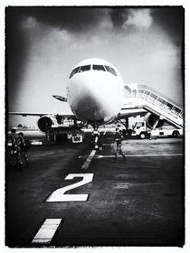 Flughafen Kathmandu 2 von Helge Lehmann