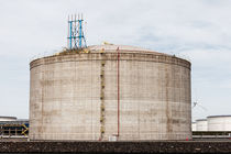 Tank LNG  by Irene Hoekstra