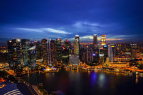 Singapur Skyline by Night von globusbummler