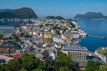 Alesund, Norwegen Stadtpanorama von globusbummler
