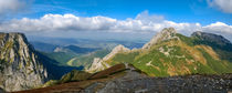 Giewont, Mountain in Polish Tatras with a cross on top, Western Tatras Mountain in Poland von Tomas Gregor