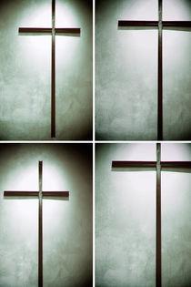 Viermal Bekreuzigt  by Bastian  Kienitz
