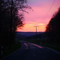 Straße zum Sonnenuntergang by sunflowers