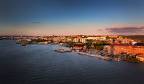 Gothenburg skyline during sunset by Bastian Linder