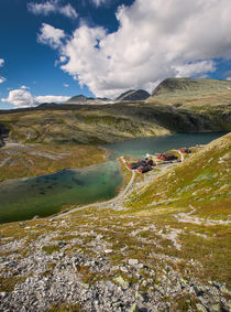 Rondane national park with hut Rondvassbu by Bastian Linder
