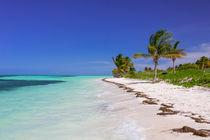 Caribbean beach in Cuba by Bastian Linder