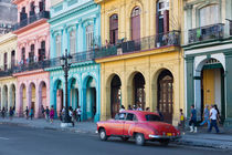 Colourful houses in Havanna von Bastian Linder