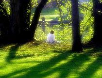 Frau im Park by Torsten Reuschling