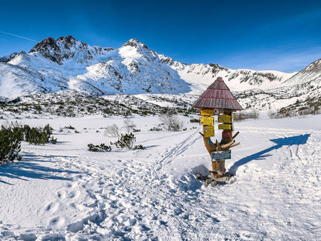 Winter-in-high-tatras-mountain-range-in-slovakia