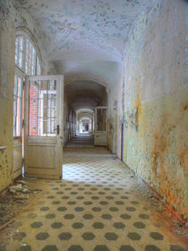 Verlassene Orte - Beelitz Heilstätten 03 by schroeer-design