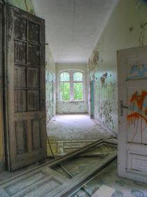 Verlassene Orte - Beelitz Heilstätten 01 by schroeer-design