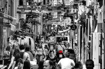 Geschäftiges Treiben in Neapel, Kampanien, Italien von Klaus Rünagel