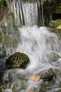 Kleiner Wasserfall by Bernhard Kaiser