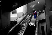Rolltreppe Mercedes-Benz von nive-photography