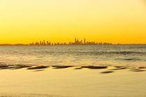 Surfer's Paradise at sunset from Coolangatta beach, Gold coast, Queensland, Australia von Kevin Hellon