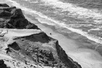 Paar zu Fuß am Strand by fraenks