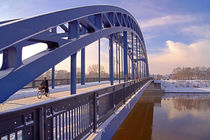 Sternbrücke über die Elbe in Magdeburg im WInter von magdeburgerin