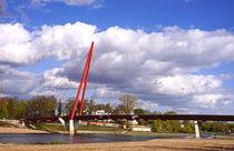 Brücke über die Elbe am Wasserfall im Rothehornpark Magdeburg von magdeburgerin