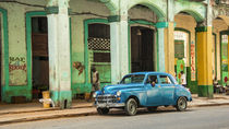 Blue Dodge of Havana von Rob Hawkins