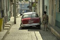 Cuban Suspension  von Rob Hawkins