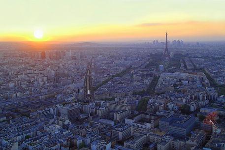 Sonnenuntergang-uber-paris