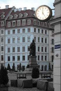 Dresden_07 - LE MA(R)TIN 02 (Tempus Fugit. Corvi manent.) von André Schuckert