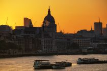 London sunrise von Bruno Schmidiger