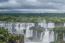 Iguaçu Falls von freudexplicabh