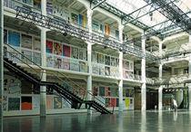 Raum für die Kunst - Lichthof der HfG beim ZKM, Karlsruhe von Hartmut Binder