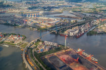 HH von Oben - Köhlbrandbrücke & Hafen von photobiahamburg