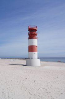 Leuchtturm auf Düne by kattobello