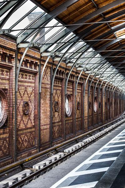 Bahnhof-bunt-2-1-von-1