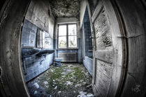 Abandoned Bathroom Zyklus I von Ingo Mai