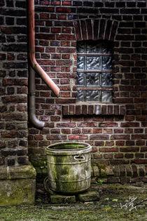 Brickhouse Zyklus I by Ingo Mai
