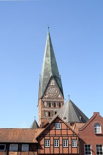 Besondere Sicht: Die St. Johannis Kirche in Lüneburg; 16.11.2017 von Anja  Bagunk