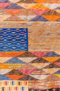Carpet for sale in the Souk, Marrakech, Morocco. von Danita Delimont