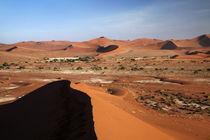 Sand dune beside Deadvlei, near Sossusvlei, Namib-Naukluft N... by Danita Delimont