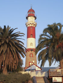 The lighthouse is a prominent landmark of the seaside town o... von Danita Delimont