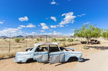 Abandoned car in Solitaire Village, Khomas Region, near the ... von Danita Delimont