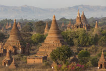 Ancient temple city of Bagan, Myanmar von Danita Delimont