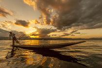 Intha fisherman at work von Danita Delimont
