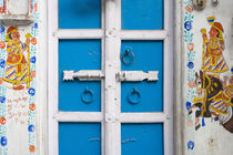House painted blue, Udaipur, Rajasthan, India von Danita Delimont