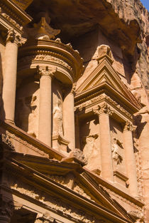 The Treasury, El-Khazneh, Petra, UNESCO Heritage Site, Jordan. by Danita Delimont